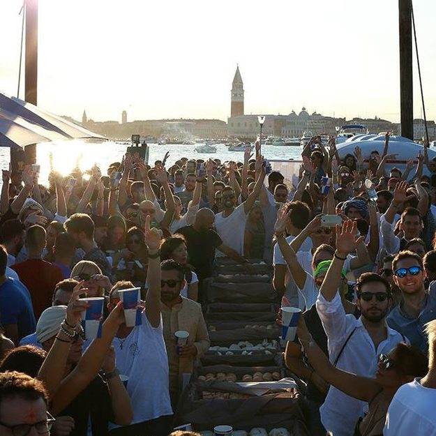 redentore di venezia - boat party